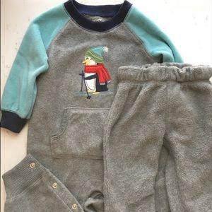 Carter's fleece suit & pants 9 mo EUC Penguin